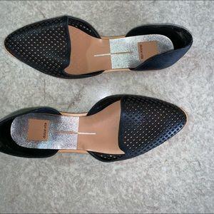 Dolce Vita brand black flat  shoes